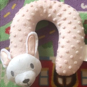 Other - Animal head holder for baby.